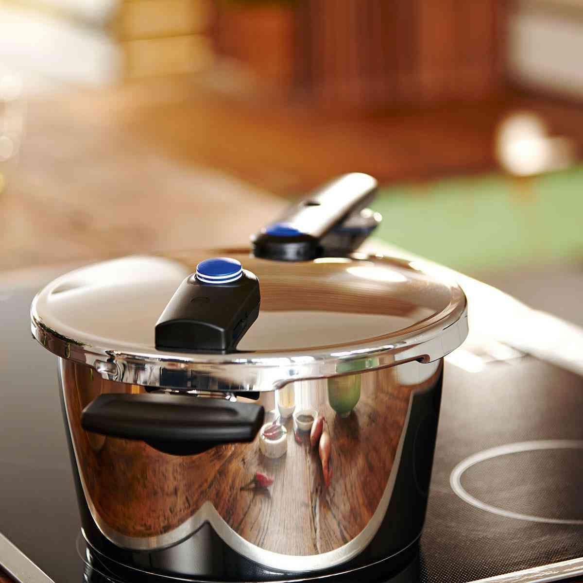 vitaquick® Pressure Cooker, 4.8 Quart